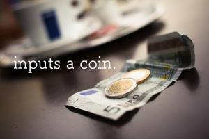 小銭だけで30万円貯まる貯金箱を満タンにした具体的な方法と貯金額を公開します。