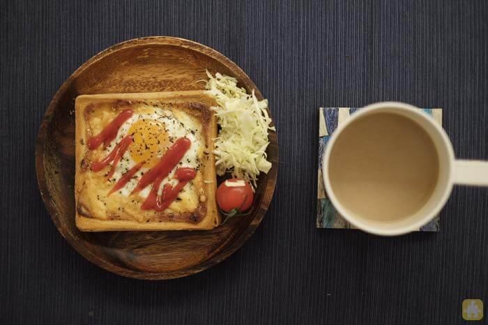 朝ごはん作るのがめんどくさいのでトースターだけでできる簡単な「ラピュタパン」ですませよう